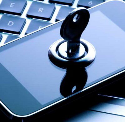 8 Tips: Become Mobile Security Savvy